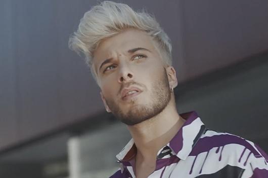 """Clic para ver el videoclip """"Si te vas"""" de Blas Cantó. Producido por la fábrica de hielo estudio."""